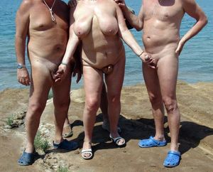 mature nudist couples pics