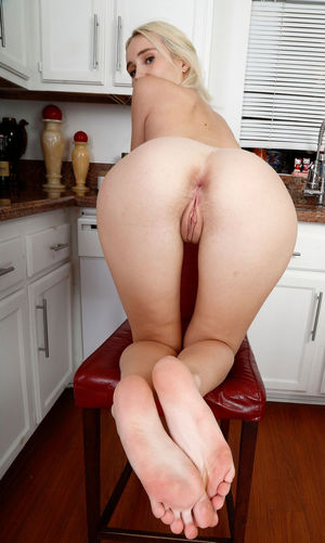 big mature ass nude