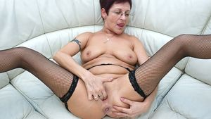 mature granny pictures
