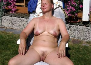 mature women strapon