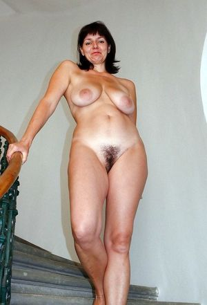 milf naked ass