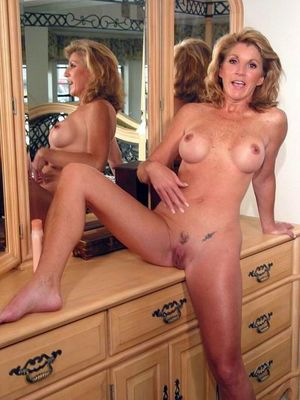 hot busty mature women