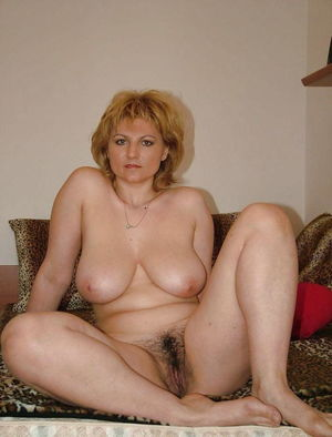 mature blonde mom