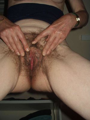 hairy older pussy
