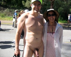mom naked in public