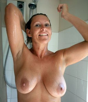 wife mature nude